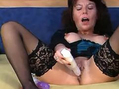 Lonely mature lesbian prefers big dildos not cocks